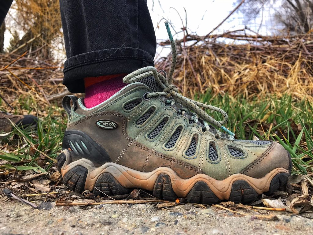 Hiking Shoes with Short Ankle