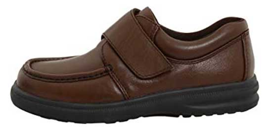 HUSH PUPPIES MEN'S GIL – BEST BUDGET SHOES FOR AGING FEET