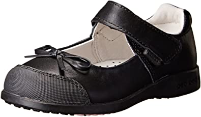10 best shoes for kids with flat feet